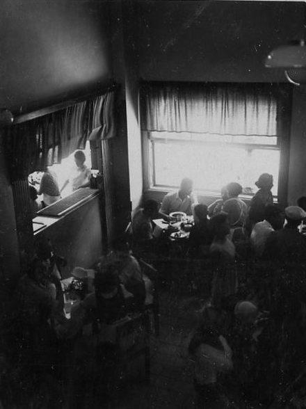 __במטבח הפועלים שנות ה-30